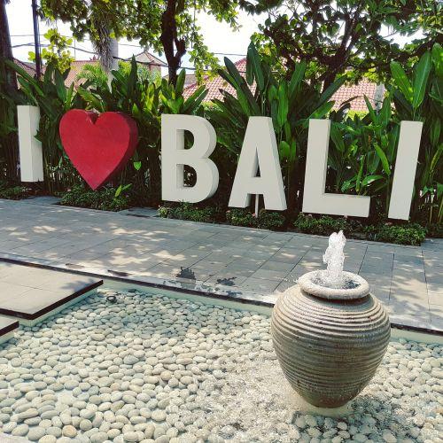 bali love indonesia