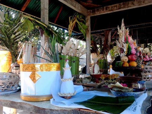 bali ceremony gifts