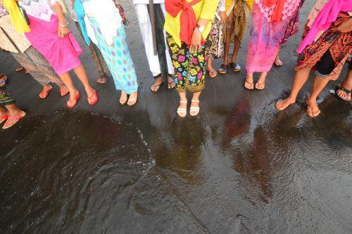 balinese indonesia ceremony