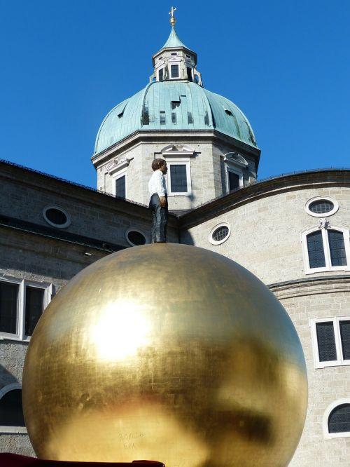 balkenhol mozartkugel sphaera golden ball