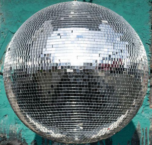 ball disco reflection