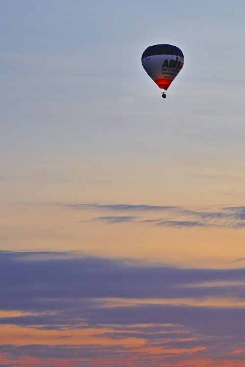 ball hot-air ballooning sky