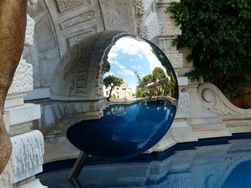 ball metal mirroring