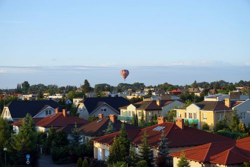 balloon the roofs city