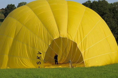 balloon  gas tight envelope  gas filled