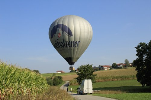 balloon  landing  gas tight envelope