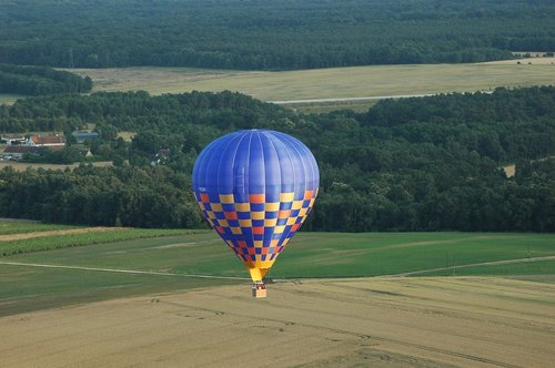 balloon trip  hot-air ballooning