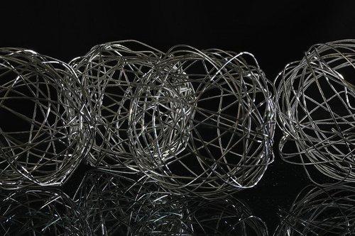 balls  wire  metal