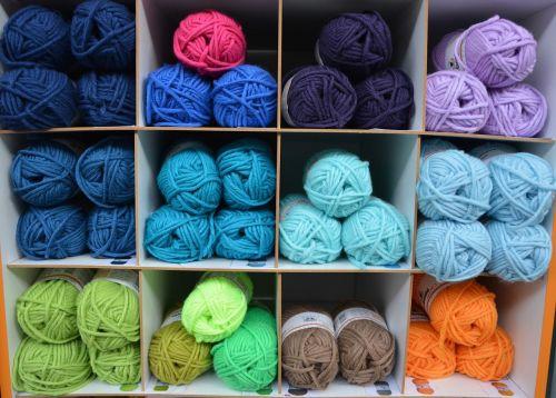 balls of wool colors storage locker