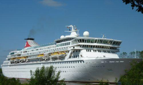 balmoral cruise ship cruise