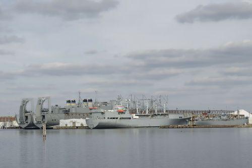 baltimore ships harbor