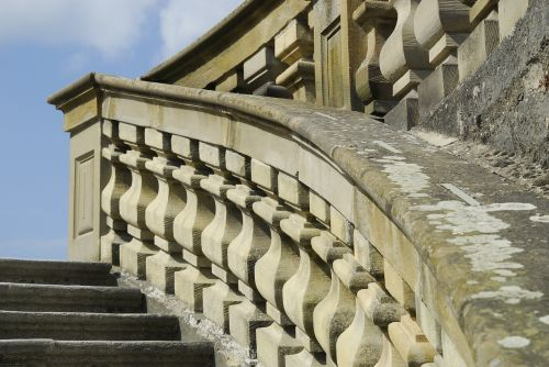 balustrade stone wall stairs