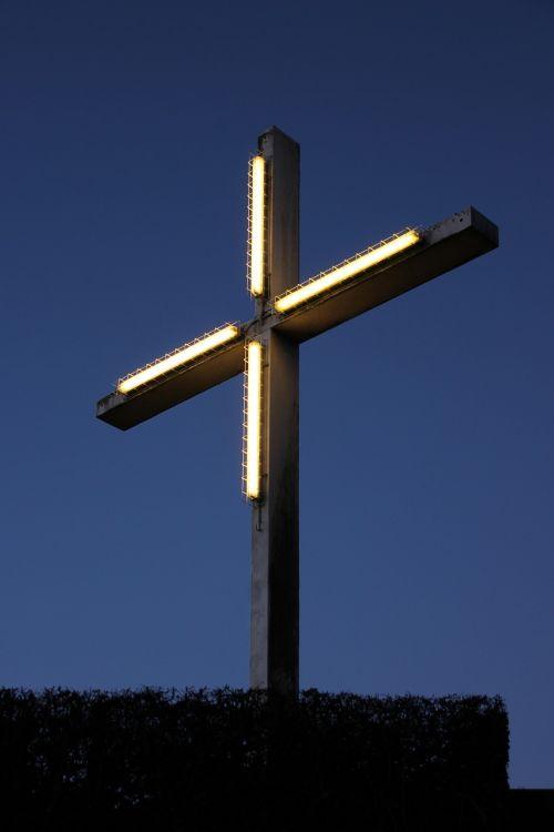 bamberg cross lighting