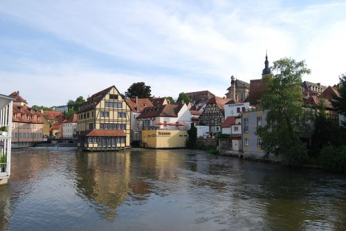 bamberg river house in the river