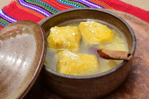 bananas typical cinnamon