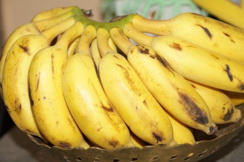 bananas fruit ripe
