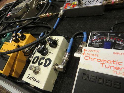 bandonas,grupė,įranga,efektai,pedalai