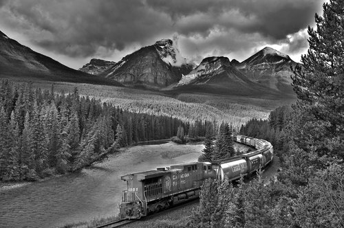banff  railroad  mountains