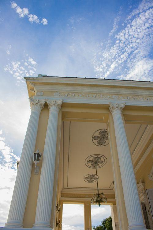 bang pa-in palace royal waro pi language building