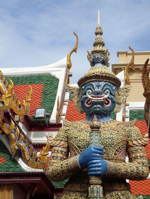 bangkok royal palace demon