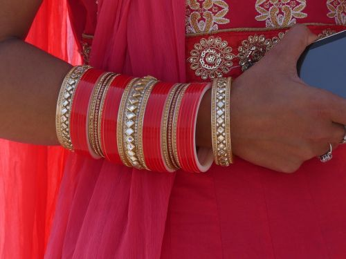 bangle india red
