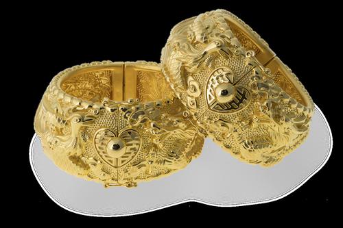 bangle  gold  fashion