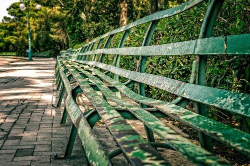 bank  sit  park