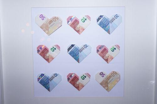 bank note herzchen money