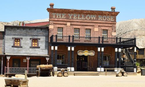bar house saloon