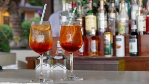bar cocktail drink