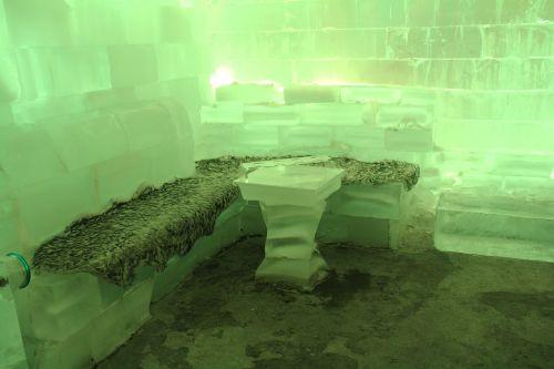 bar icebar green