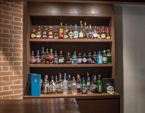 bar  liquor  restaurant