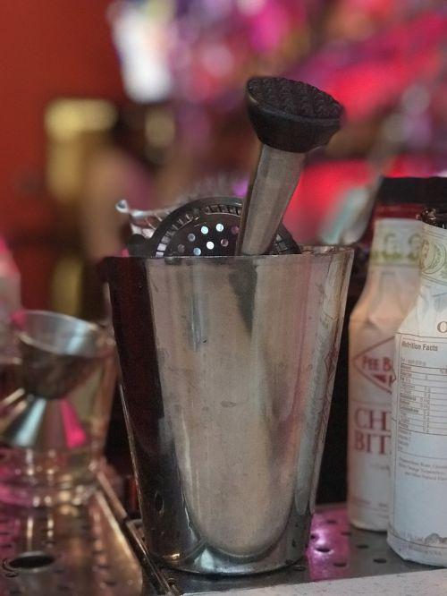bar tools bartender bar tending