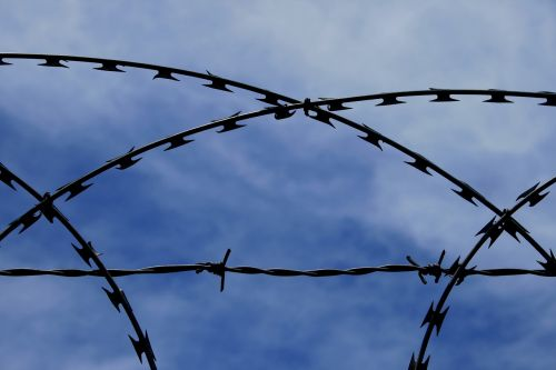 barbed wire razor wire