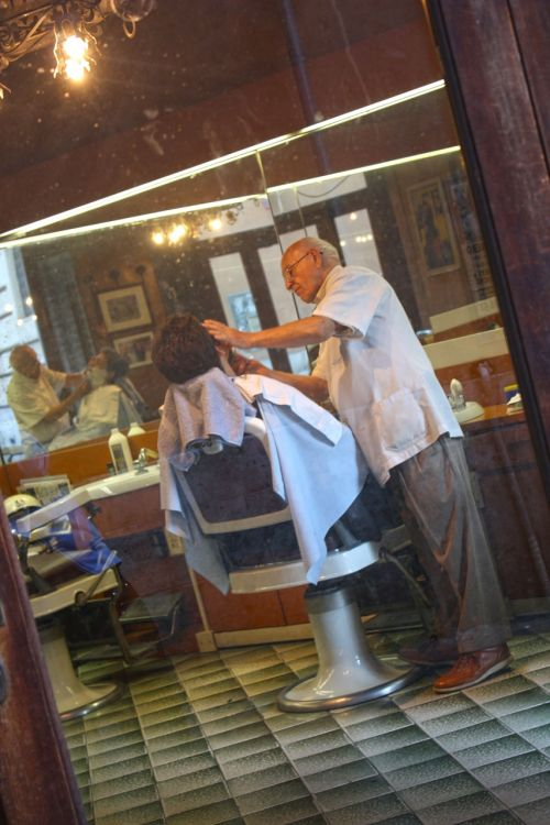 barber salon work