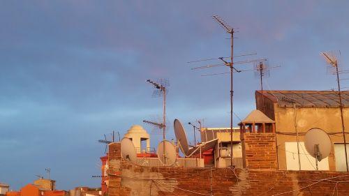 barcelona city antennas