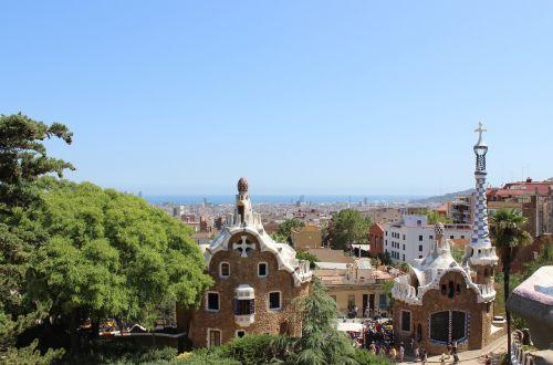 barcelona park guell gaudi