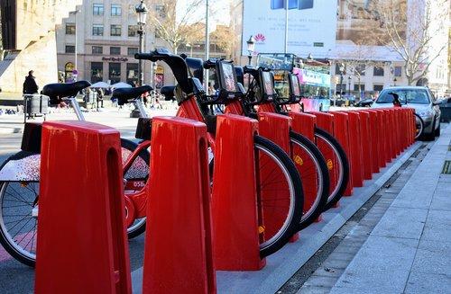 barcelona  bicycles  sharing