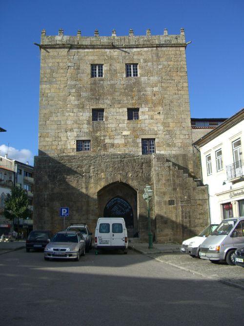 barcelos portugal church