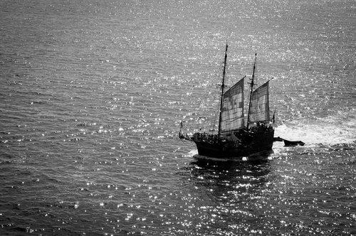 barco  boat  ship