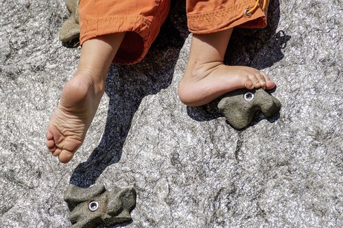 barefoot  climb  play