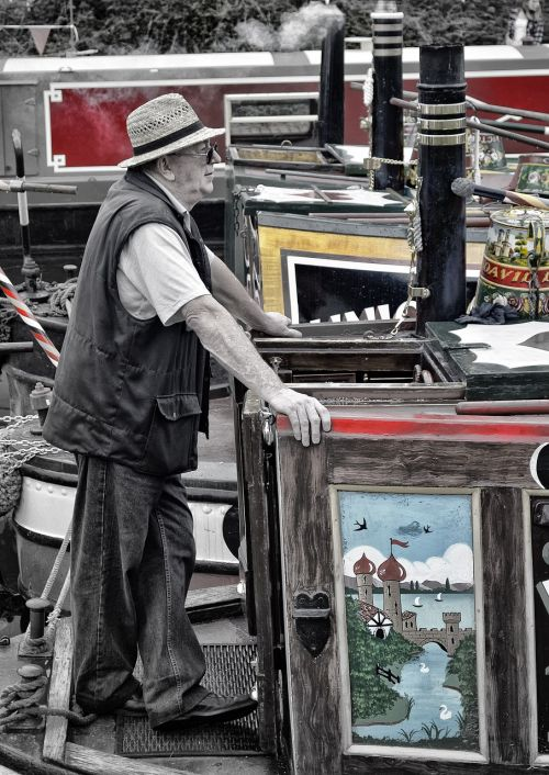 barge canal man