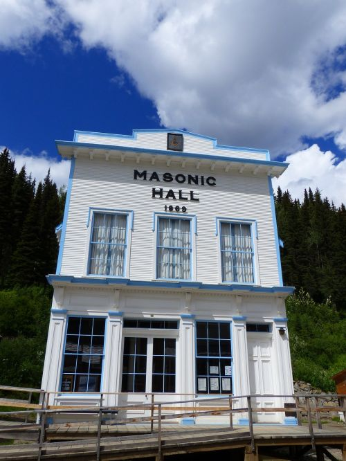 barkerville ghost town gold mining