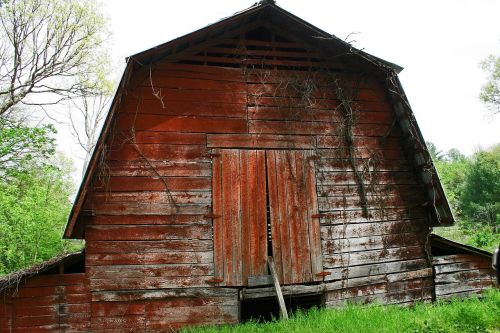 barn old barns buildings