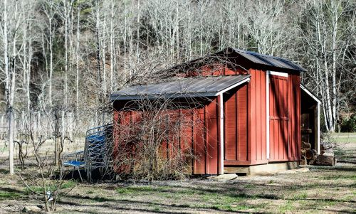 barn red outdoor