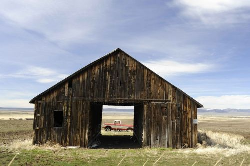 barn old an