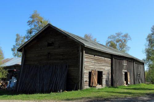 barn near kellonkartano