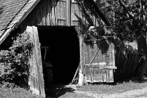 barn tractor farm