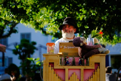 barrel organ music old