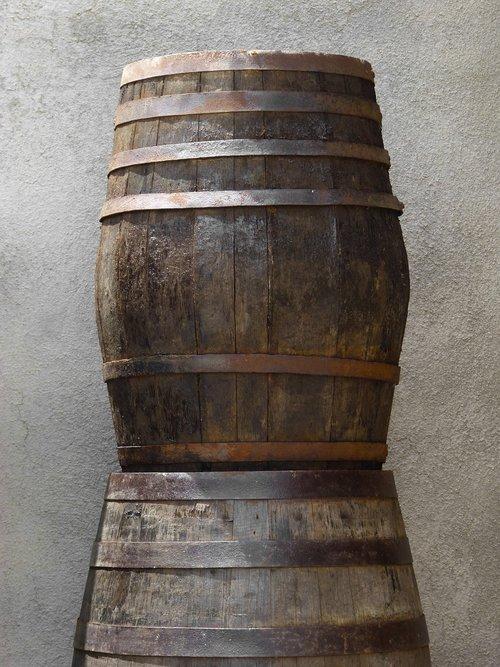 barrels  casks  boots